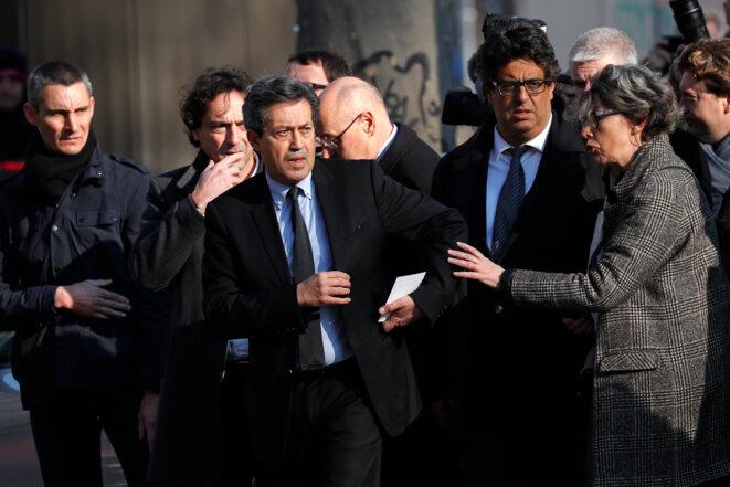 Georges Fenech, le président de la commission d'enquête, et plusieurs de ses membres. © Reuters