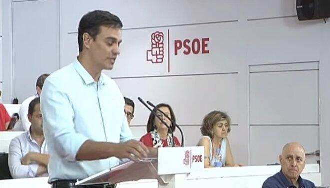 L'intervention de Pedro Sánchez devant le comité fédéral du PSOE le 9 juillet 2016. © DR