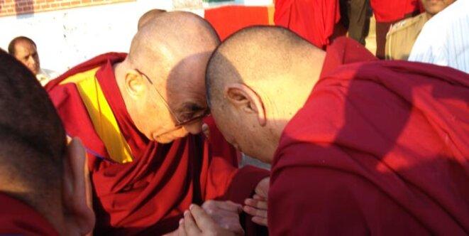 touch-dalai-lama