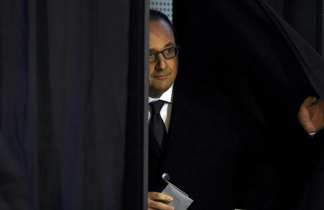 François Hollande, second tour des élections régionales de 2015. © Reuters.