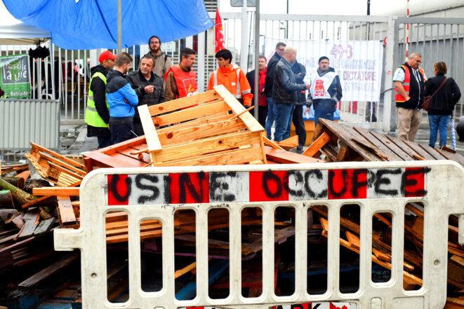 Blocage de l'usine de traitement industriel des résidus urbains (TIRU) d'Ivry-sur-Seine, le 31 mai 2016. © Daniel Maunoury