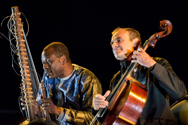 Ballaké Sissoko et Vincent Segal © Olivier Hoffschir