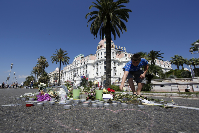 July 18th: tributes to the Bastille Day attack on the Promenade des Anglais in Nice. © Reuters