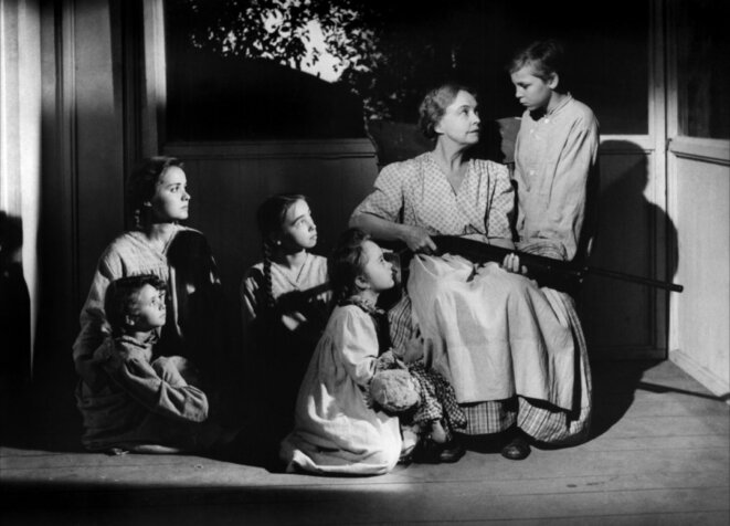 "Lillian Gish dans "" La nuit du chasseur"" © Charles Laughton"