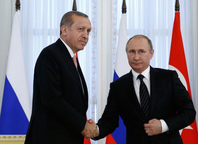 Erdogan et Poutine, à Saint-Pétersbourg, le 9 août 2016 © Reuters / Sergei Karpukhin