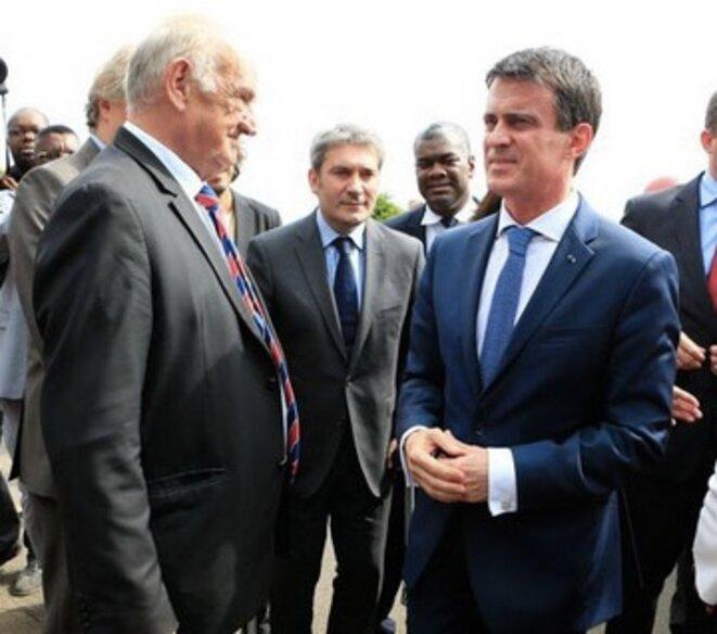 Manuel Valls et Pierre Camou, le 24 juin dernier. © FFR/I.Picarel