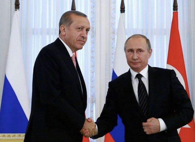 Erdogan et Poutine le 9 août à Saint-Pétersbourg. © Reuters / Sergei Karpukhin