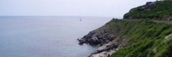Vue Nord - Sud de la côte du Cap Corse à hauteur de Sisco © Didier CODANI