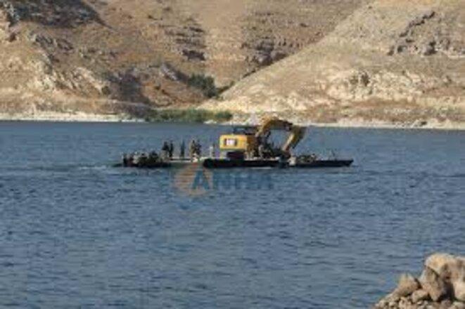 Plate-forme des forces spéciales déployées sur l'Euphrate
