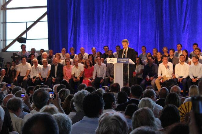 Nicolas Sarkozy en meeting à Châteaurenard, jeudi. © (AD)