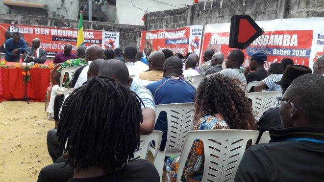 Bruno Ben MOUBAMBA a organisé un point de presse à son quartier général au stade de la nation.