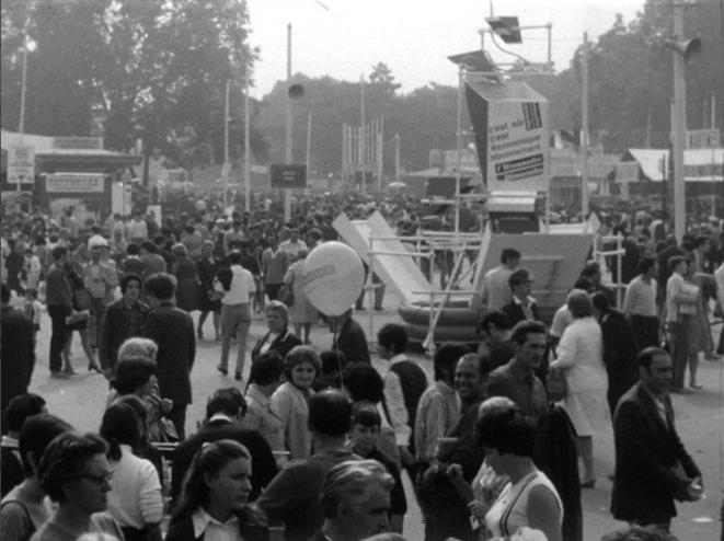 L'allée centrale de la Fête 1969. Coll. Ciné-Archives