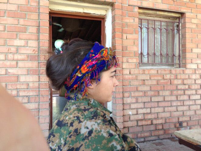 Combattante du l'YPJ, aile féminine de l'armée du Rojava © Carol Mann