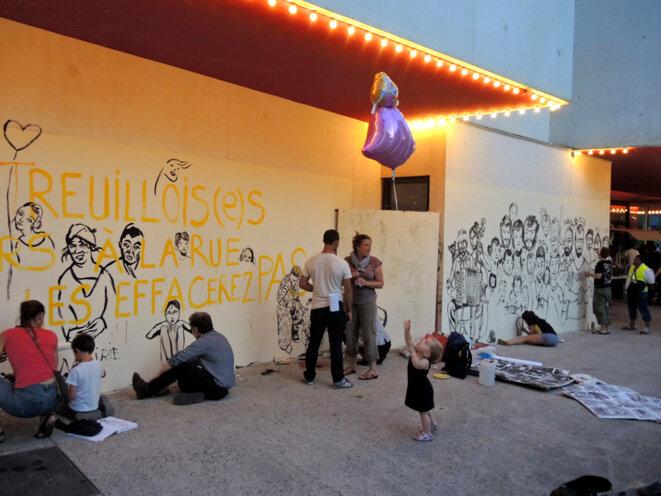 Les artsites sont revenus représenter les Roms  - Montreuil - 3 septembre 2016 © Gilles Walusinski