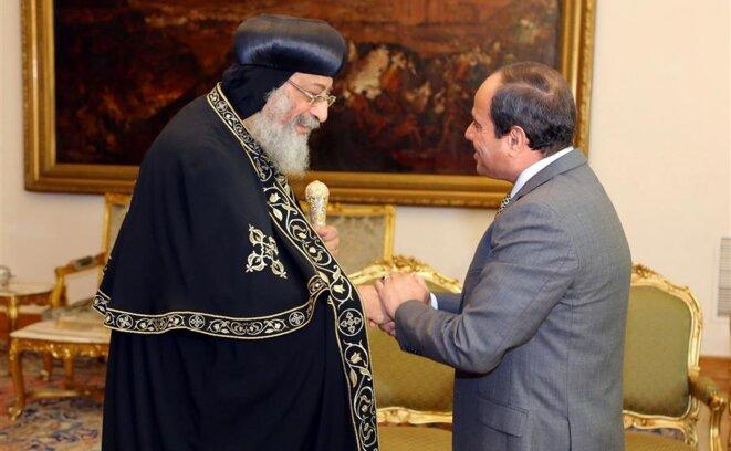 Rencontre entre le pope Tawadros II et le maréchal Sissi, le 28 juillet 2016 au Caire © The Egyptian Presidency/Handout via REUTERS.