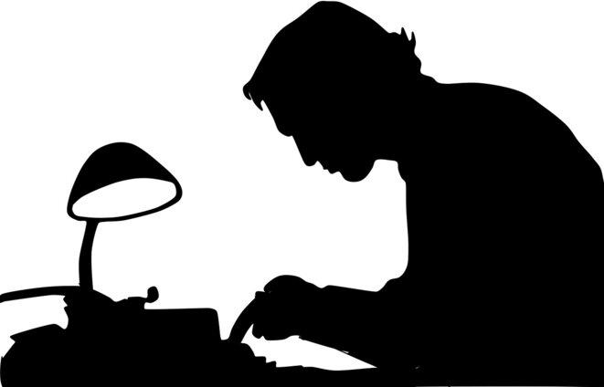 writer-1129708-1280