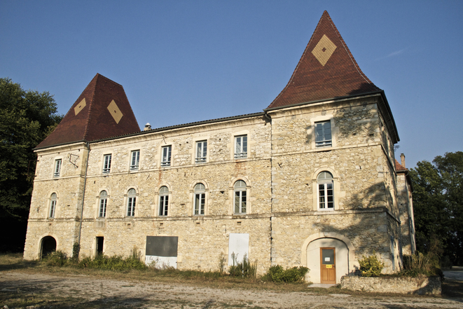 The Château de Pergaud, close to Allex, where migrants will be offered temporary shelter. © Laurent Geslin