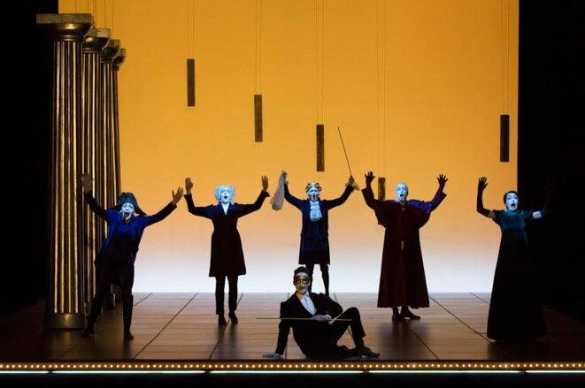 """Scène de """"Faust I & II"""" © Lucie Jansch"""