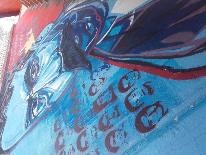 Peinture murale d'Emiliano Zapata et des 43 disparus, à Ayotzinapa © Clément Detry