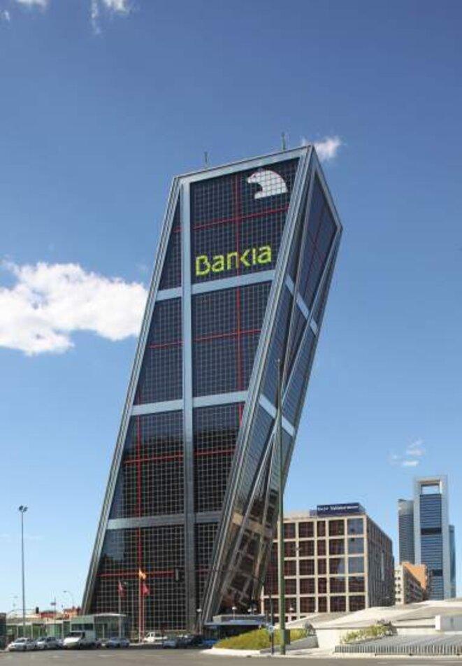 Le siège madrilène de Bankia occupe une des deux tours de la Porte de l'Europe, dans le quartier de Chamartín.