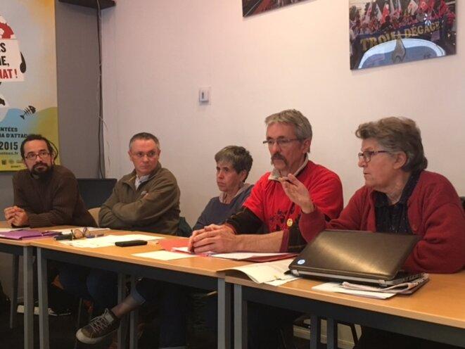 Conférence de presse d'opposants à l'aéroport, Paris, 5 octobre 2016 (JL).