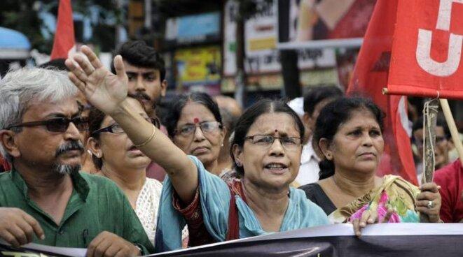 Activistes du Parti Communiste Indien à Kolkata © Bikas Das-AP