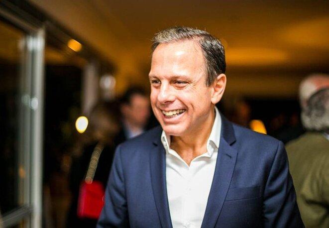 João Doria, homme d'affaires millionnaire, élu dès le premier tour à São Paulo.