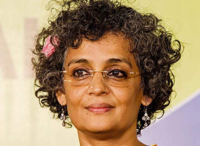 arundhati-roy-w