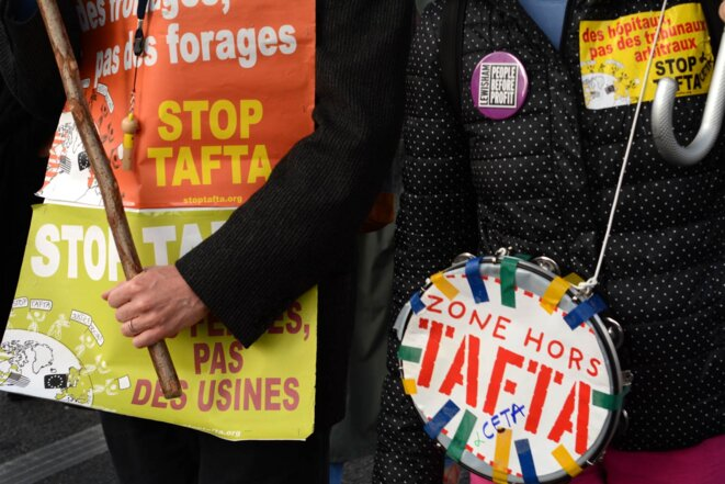 Manifestation contre le CETA, samedi 15 Octobre 2016 © Mark Baugé