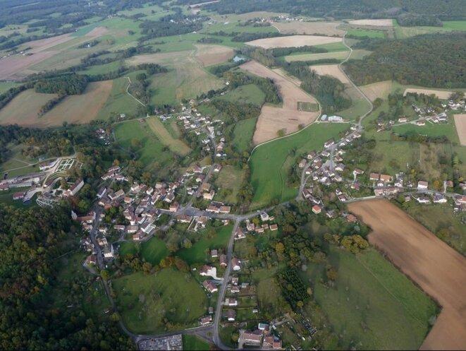 Gouhenans, vue aérienne [Photo Marc Pillet]