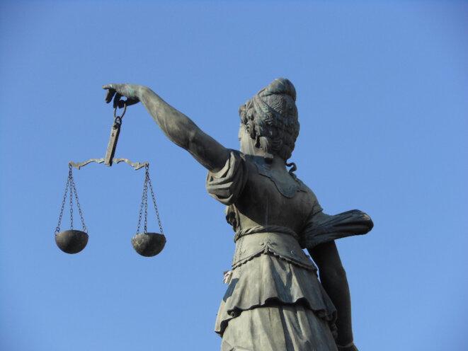 la Justice et sa balance