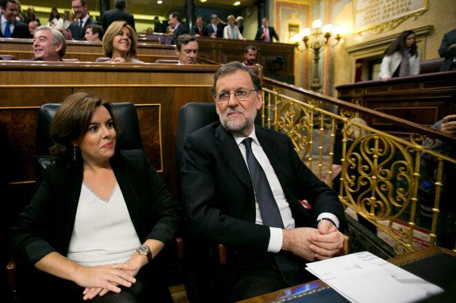 Mariano Rajoy con Soraya Sáenz de Santamaría en el Congreso de los Diputados, el 29 de octubre de 2016. © Flickr/PP