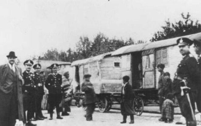 le génocide des Tziganes (ou Tsiganes)  est appelé Samudaripen (terme de la langue Romanès ou Romani) ou Porrajmos © image d'archives