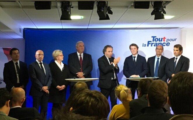 Conférence de presse des sarkozystes, au siège de campagne parisien, le 2 novembre. © Twitter/@Matgoa
