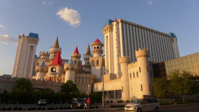 Las Vegas, faux-semblants architecturaux © Mark Baugé