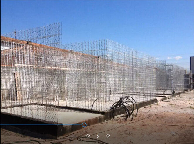 Constructions au Brésil avec les contrefaçons