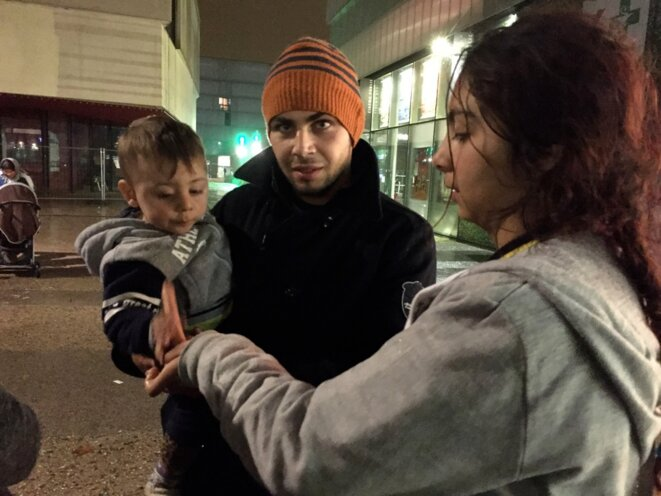 Alberto et ses parents, Montreuil 15 novembre 2016 © Gilles Walusinski