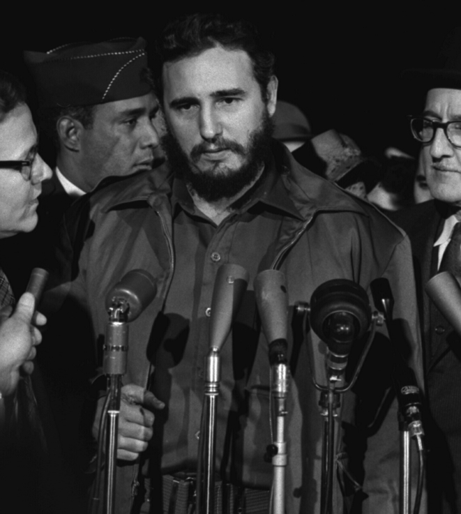 Fidel Castro au terminal du Military Air Transport Service (MATS) de l'aéroport national de Washington D. C., 15 avril 1959. © Library of Congress Prints and Photographs division