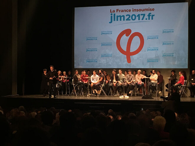 Jean-Luc Mélenchon lors de son meeting à Bordeaux mardi 29 novembre © CG