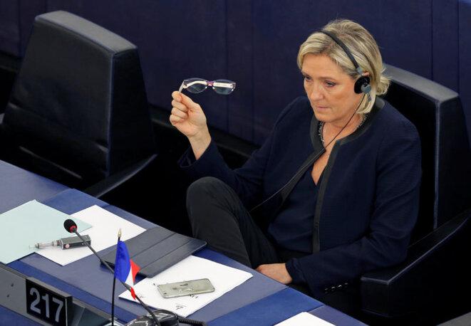 Marine Le Pen dans l'hémicycle du Parlement européen. © Reuters