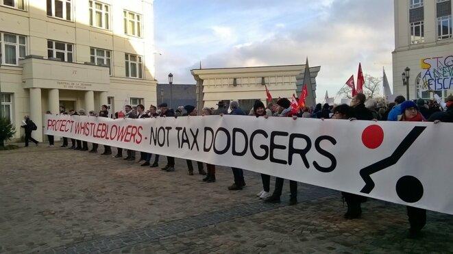 Devant la cour d'appel de Luxembourg, le 12 décembre. © D.I.