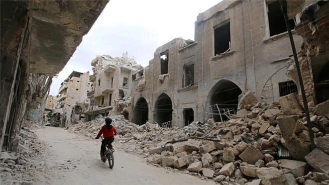 Alepo, entre las ruinas del centro de la ciudad, noviembre de 2016. © Reuters
