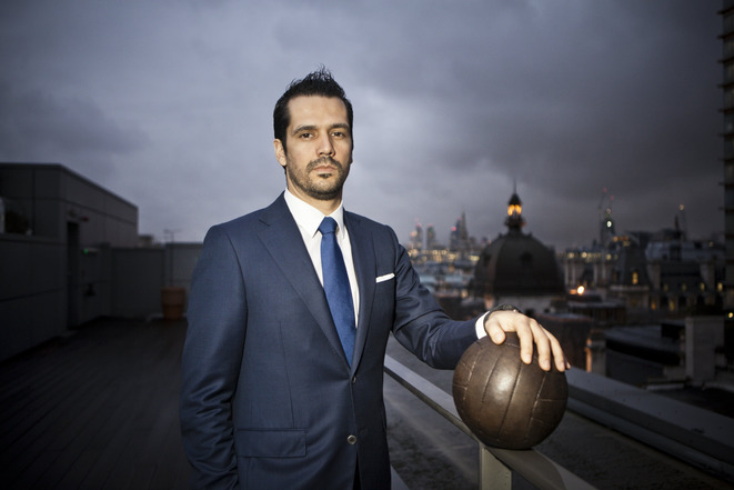 Nelio Lucas on the roof of the London offices of Doyen Sports. © Challenges/REA
