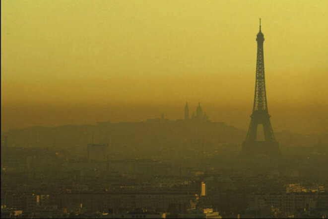 715389-7-f07c-paris-sous-un-nuage-de-pollution-2c50c632370874e40f6317b4c82f3880