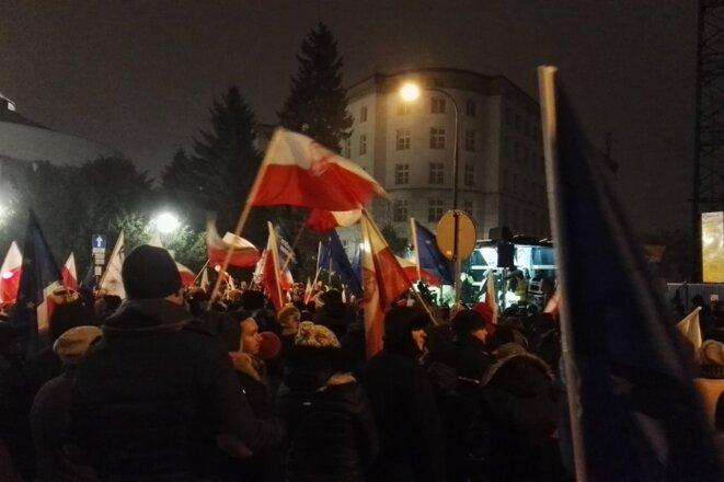 La manifestation de vendredi soir à Varsovie. © Photo prise sur les réseaux sociaux