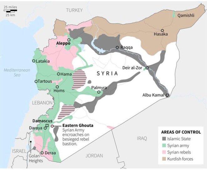 El estado de las fuerzas en Siria en octubre de 2016. En verde, el ejército sirio y sus aliados. En gris, Daech. En rosa, los insurgentes sirios. En marrón, las fuerzas kurdas. © Reuters
