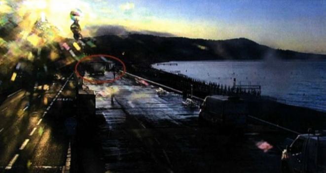 La caméra de vidéo-surveillance n°173 enregistre le camion se présentant face à la pergola, sur la promenade des Anglais, lors de repérages effectués le 13 juillet, à 6 h 56 du matin. © DR