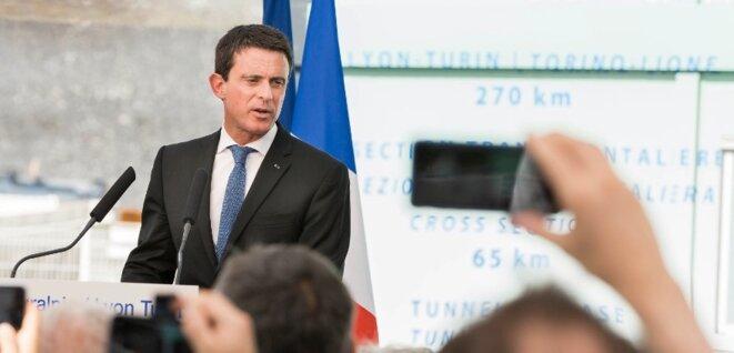 Manuel Valls lors de l'inauguration du tunnelier du Lyon-Turin, le 22 juillet 2016 (DR).