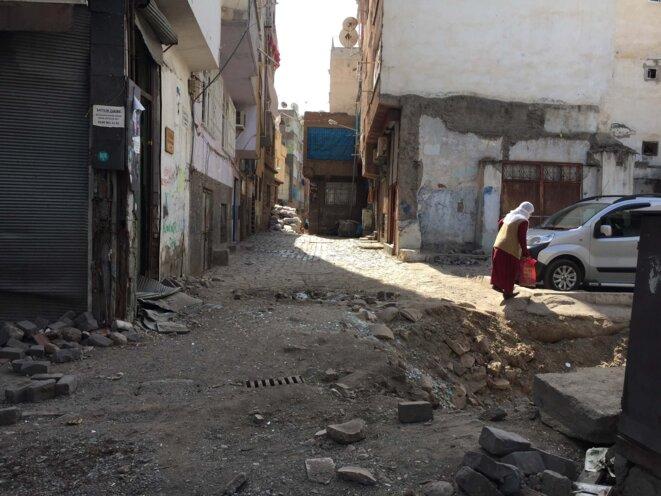 Tranchée Diyarbakir Centre © Sepideh Farsi