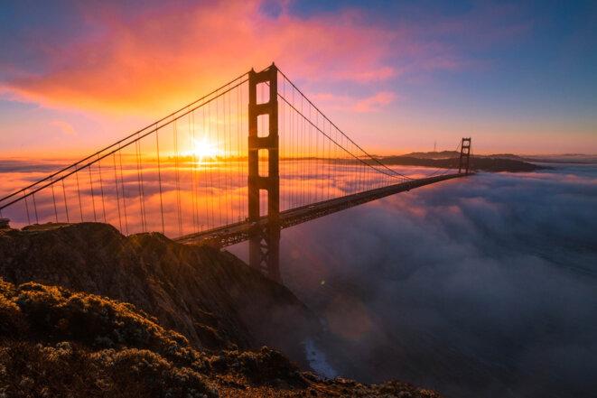 """""""Nous construisons des ponts, pas des murs"""" © by Kun Chen"""